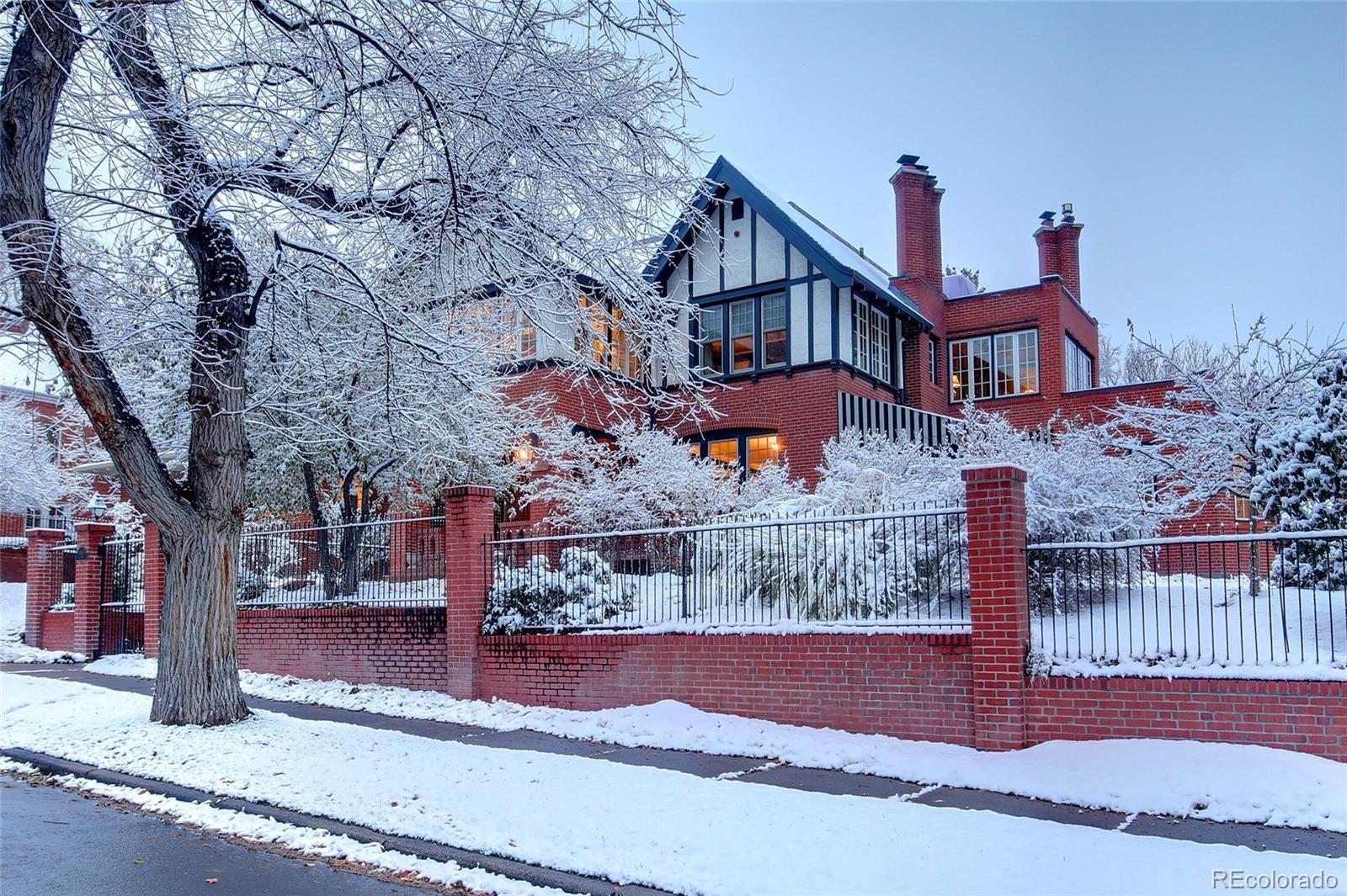 Photo of 818 Vine Street, Denver, CO 80206 (MLS # 4316913)