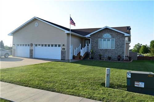 Photo of 2017 Mckay Court, Knoxville, IA 50138 (MLS # 611505)