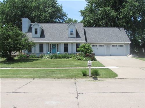 Photo of 1810 W Grandview Drive, Knoxville, IA 50138 (MLS # 608978)