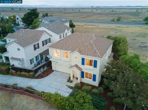Photo of 252 Comeabout Cir, PITTSBURG, CA 94565 (MLS # 40967001)
