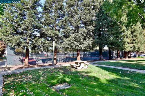 Tiny photo for 1895 Pomar Way, WALNUT CREEK, CA 94598 (MLS # 40930002)