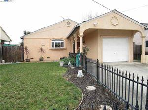 Photo of 64 Schuyler Ave, HAYWARD, CA 94544 (MLS # 40853003)