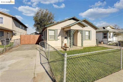 Photo of 321 S 3rd Ave, OAKDALE, CA 95361 (MLS # 40939003)