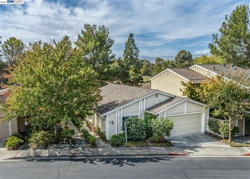 Photo of 359 Kinross Dr, Walnut Creek, CA 94598 (MLS # 40970003)