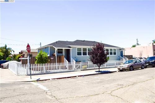 Photo of 5823 Eastlawn St #5823, OAKLAND, CA 94621 (MLS # 40907004)