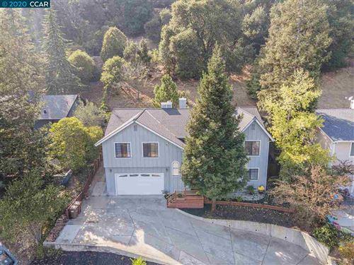 Photo of 3950 Canyon Way, MARTINEZ, CA 94553 (MLS # 40924004)
