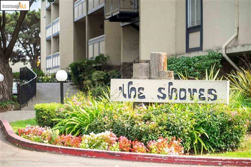 Photo of 965 Shorepoint #208, ALAMEDA, CA 94501-5862 (MLS # 40925004)