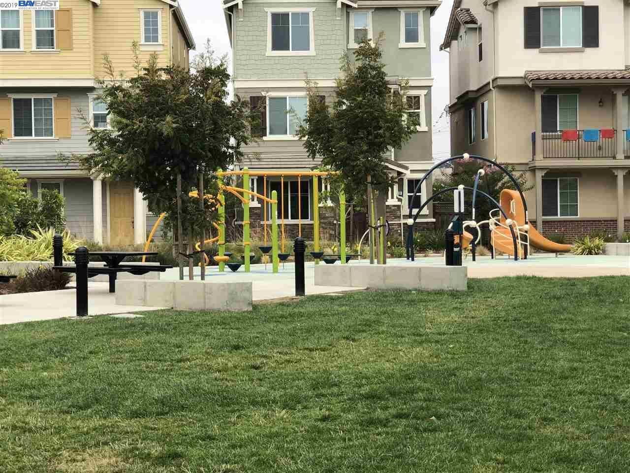 Photo for 20 Orchard Circle, HAYWARD, CA 94544 (MLS # 40890005)