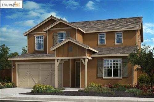 Photo of 215 Davisco Drive, OAKLEY, CA 94561 (MLS # 40920011)