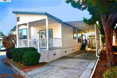 Photo of 3263 Vineyard Ave #195, PLEASANTON, CA 94566 (MLS # 40957011)
