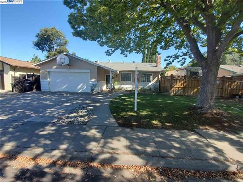 Photo of 436 Leona Dr, LIVERMORE, CA 94550 (MLS # 40926012)