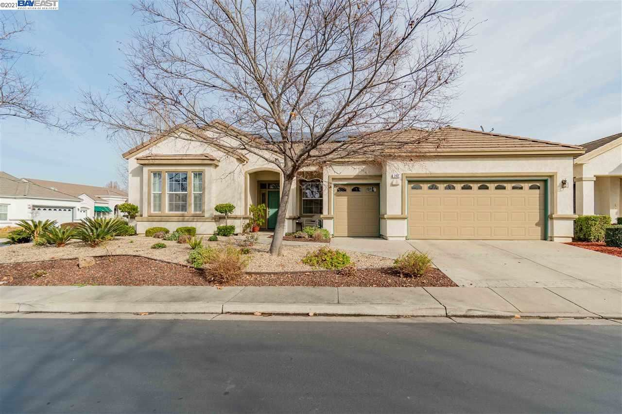 Photo for 240 Summerset Dr, BRENTWOOD, CA 94513 (MLS # 40934013)