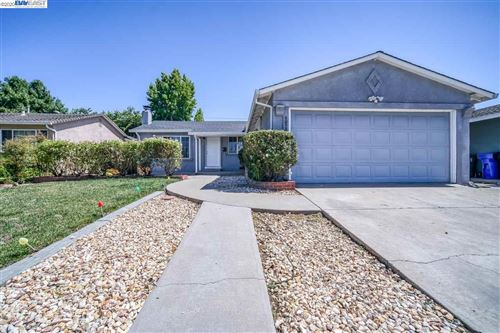 Photo of 40536 Verne St, FREMONT, CA 94538 (MLS # 40912014)