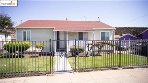 Photo of 9750 Coral Rd, OAKLAND, CA 94603 (MLS # 40907015)