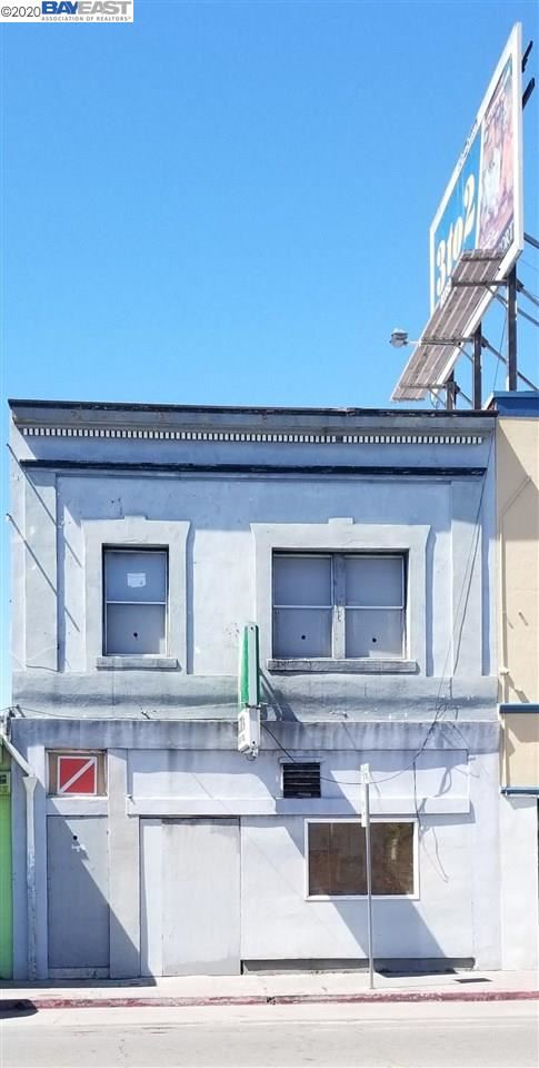 Photo of 2225 Macdonald Ave, RICHMOND, CA 94801 (MLS # 40921015)