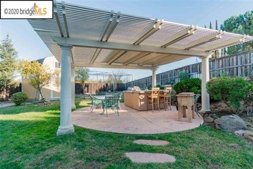 Tiny photo for 120 Little Ranch Cir, OAKLEY, CA 94561 (MLS # 40930018)
