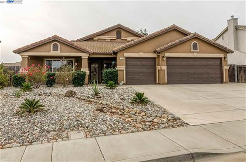 Photo of 1519 Coventry, OAKLEY, CA 94561-6331 (MLS # 40890019)