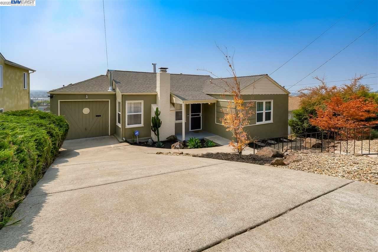 Photo for 16049 Selborne Drive, SAN LEANDRO, CA 94578 (MLS # 40921019)