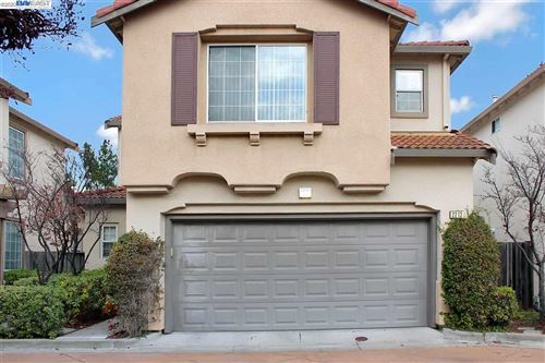 Photo of 2213 Wigeon Ct, SAN LEANDRO, CA 94579 (MLS # 40931021)