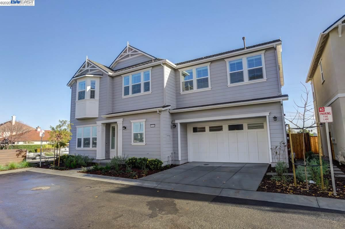 Photo for 37376 Back Bay Rd, NEWARK, CA 94560 (MLS # 40911021)
