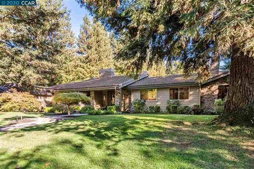 Photo of 2128 Deer Oak Way, DANVILLE, CA 94506 (MLS # 40925022)