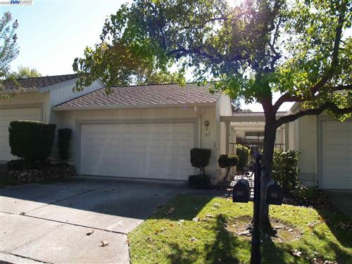 Photo of 503 Rolling Hills Ln, DANVILLE, CA 94526 (MLS # 40926022)