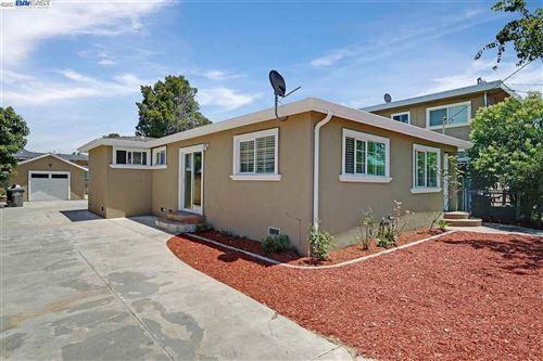 Photo of 8908 B St, OAKLAND, CA 94621 (MLS # 40960025)