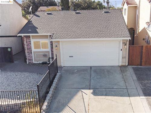 Photo of 3132 Hemlock St, Antioch, CA 94509 (MLS # 40971029)