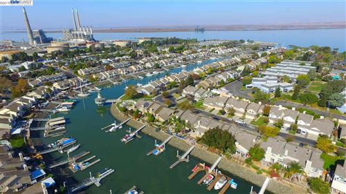 Photo of 136 Pelican Loop, PITTSBURG, CA 94565 (MLS # 40888031)