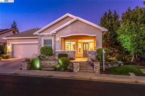 Photo of 799 Franklin Dr, BRENTWOOD, CA 94513 (MLS # 40885032)