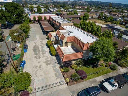 Photo of 20824 Chester Street, CASTRO VALLEY, CA 94546 (MLS # 40909032)