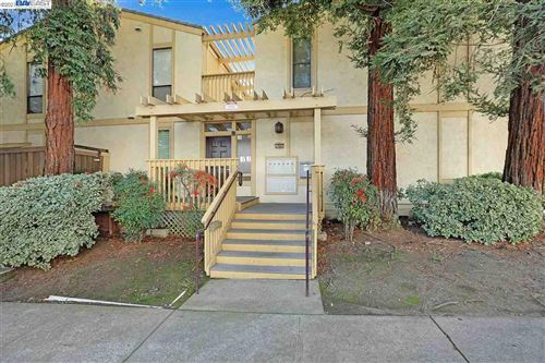 Photo of 1945 Trinity Ave #8, WALNUT CREEK, CA 94596 (MLS # 40935032)