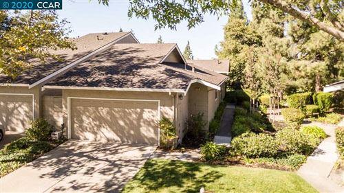 Photo of 2116 Oneida Cir, DANVILLE, CA 94526 (MLS # 40926034)