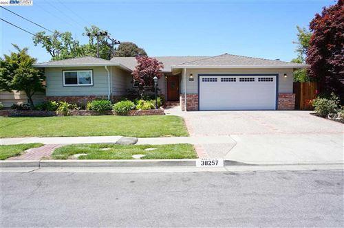 Photo of 38257 Craig St, FREMONT, CA 94536 (MLS # 40955034)