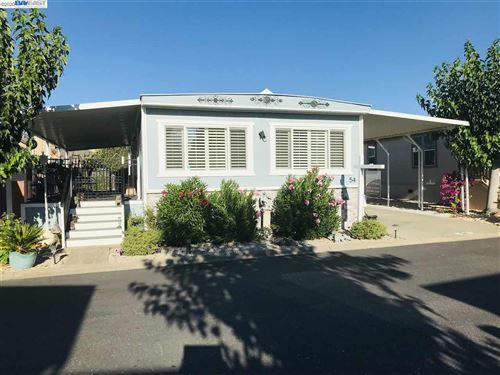 Photo of 3231 Vineyard Ave Spc #54, PLEASANTON, CA 94566 (MLS # 40916037)