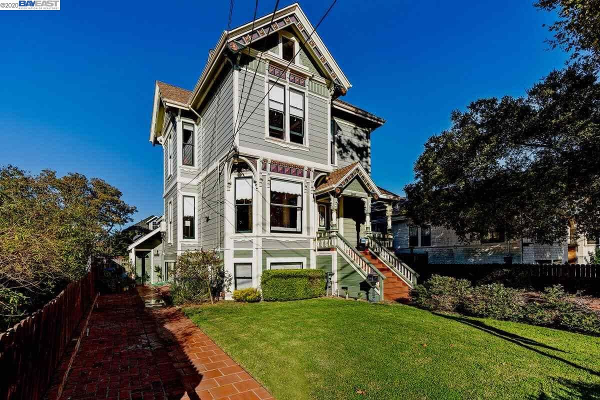Photo of 2061 Buena Vista Ave, ALAMEDA, CA 94501 (MLS # 40926037)