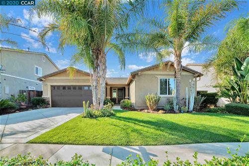 Photo of 553 Linda St, BRENTWOOD, CA 94513 (MLS # 40926040)