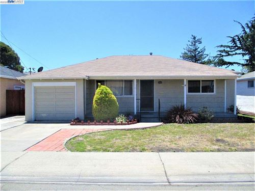 Photo of 17319 Via Susana, SAN LORENZO, CA 94580 (MLS # 40915041)