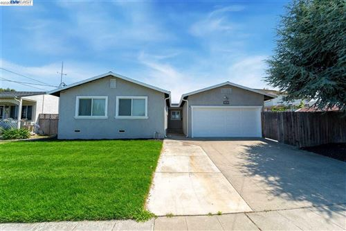 Photo of 1368 McBride Ln, HAYWARD, CA 94544 (MLS # 40915042)