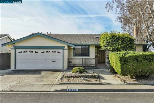 Photo of 35203 Gawain Ct, FREMONT, CA 94536 (MLS # 40892043)