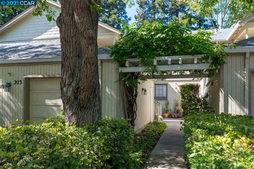 Photo of 203 Kelley Ln, DANVILLE, CA 94526 (MLS # 40949043)