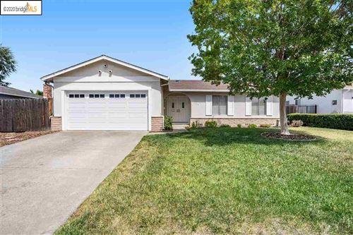 Photo of 1150 Metten Ave, PITTSBURG, CA 94565 (MLS # 40912044)
