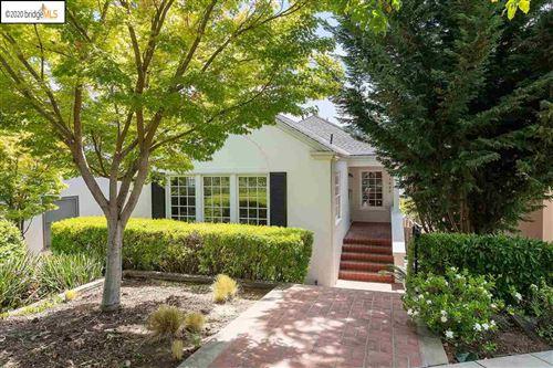 Photo of 1080 Winsor Ave, PIEDMONT, CA 94610 (MLS # 40912045)