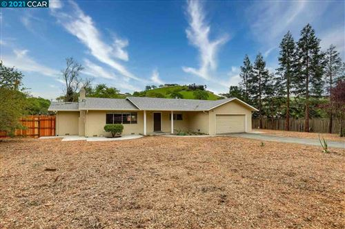 Photo of 1611 Lawrence Rd, DANVILLE, CA 94506 (MLS # 40965049)
