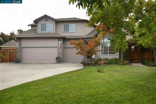 Photo of 1155 Riesling Cir, LIVERMORE, CA 94550 (MLS # 40886053)
