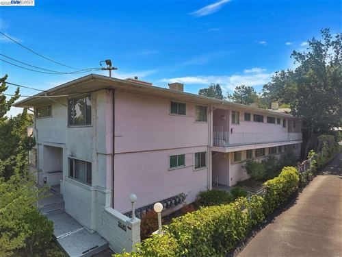 Photo of 3585 Brook St, LAFAYETTE, CA 94549-4949 (MLS # 40930054)