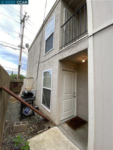 Photo of 4800 Blum Rd #1, MARTINEZ, CA 94553 (MLS # 40900055)