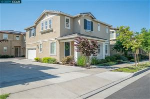 Photo of 326 Pacifica Dr, BRENTWOOD, CA 94513 (MLS # 40870056)
