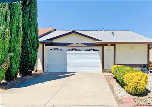 Photo of 426 Lisa Ann St, BAY POINT, CA 94565 (MLS # 40915056)