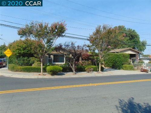 Photo of 3929 Hillcrest Rd, EL SOBRANTE, CA 94803 (MLS # 40921056)